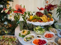 carvery_buffet_fruit_display
